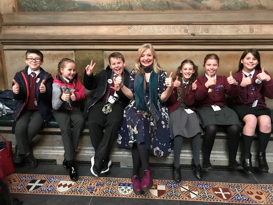 Gomersal Primary Arts Council going to Westminster